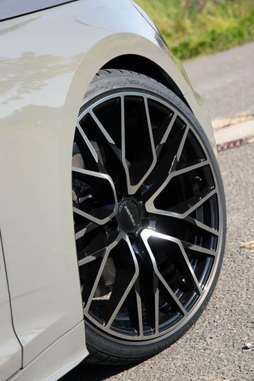 Name: Audi_A5_CA20_bp_07.jpg Größe: 800x1200 Dateigröße: 156833 Bytes