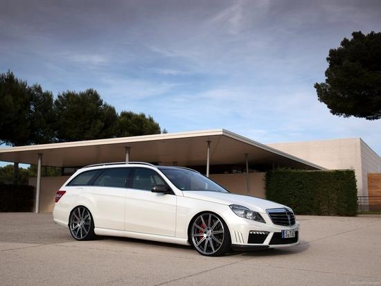 Name: Mercedes-Benz-E63_9.JPG Größe: 1600x1200 Dateigröße: 980220 Bytes