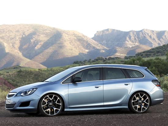 Name: Opel_Astra_J_Sports_Tourer_Seite2.jpg Größe: 2048x1536 Dateigröße: 1477561 Bytes