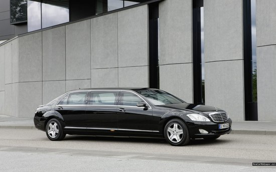 Name: Mercedes-Benz_S_600_Pullman_Guard_8713_1440x900.jpg Größe: 1440x900 Dateigröße: 248972 Bytes