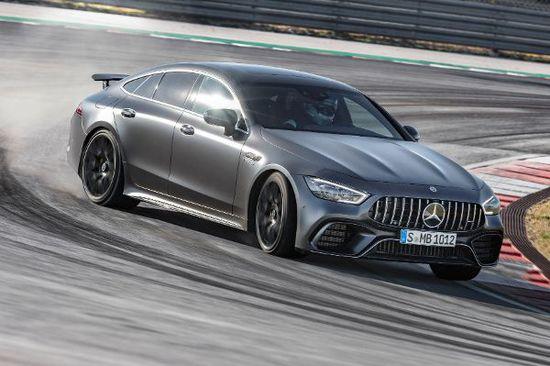 Erlkönige + Neuerscheinungen - Mercedes-AMG GT 4-Türer Coupé rollt in die Startlöcher