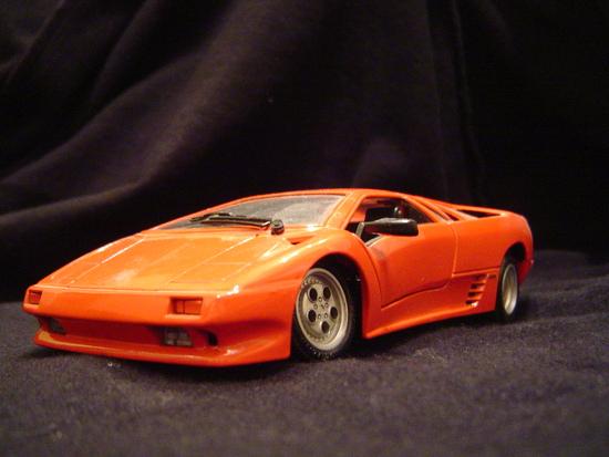 Name: Lamborghini_Diablo.JPG Größe: 2048x1536 Dateigröße: 1508973 Bytes
