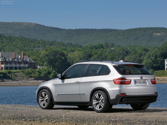 Name: BMW__X5_Fake8.jpg Größe: 1600x1200 Dateigröße: 1131239 Bytes