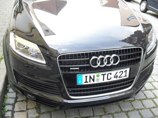 Name: Audi_Q7_meiner_3.JPG Größe: 1600x1200 Dateigröße: 992328 Bytes
