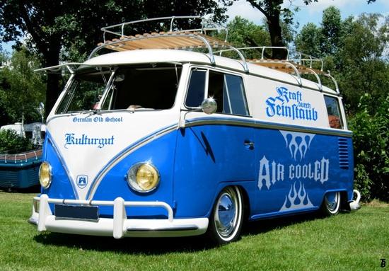 Name: VW_T1_Samba_2.jpg Größe: 1018x708 Dateigröße: 349777 Bytes