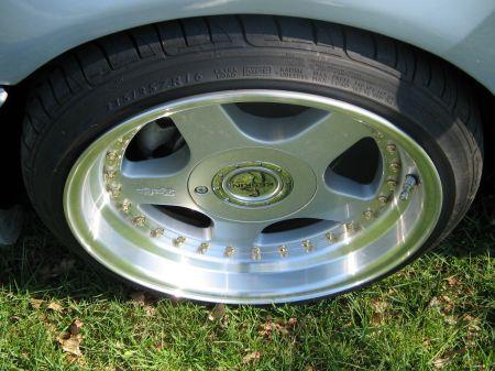 Name: VW-Golf_3_Cabrio19.jpg Größe: 450x337 Dateigröße: 47664 Bytes