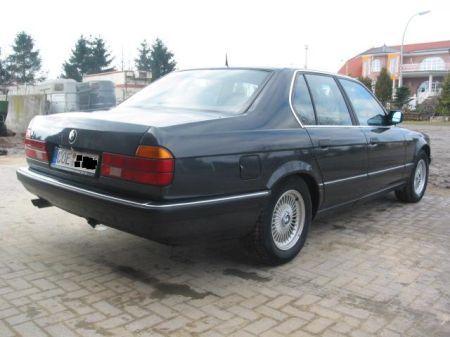 Name: BMW-730i_E327.jpg Größe: 450x337 Dateigröße: 32673 Bytes