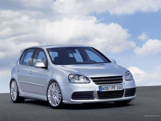 Name: VW_golf_R321klein4.jpg Größe: 550x413 Dateigröße: 84015 Bytes