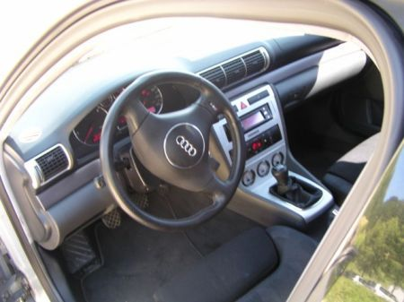 Name: Audi-A48.jpg Größe: 450x337 Dateigröße: 29364 Bytes