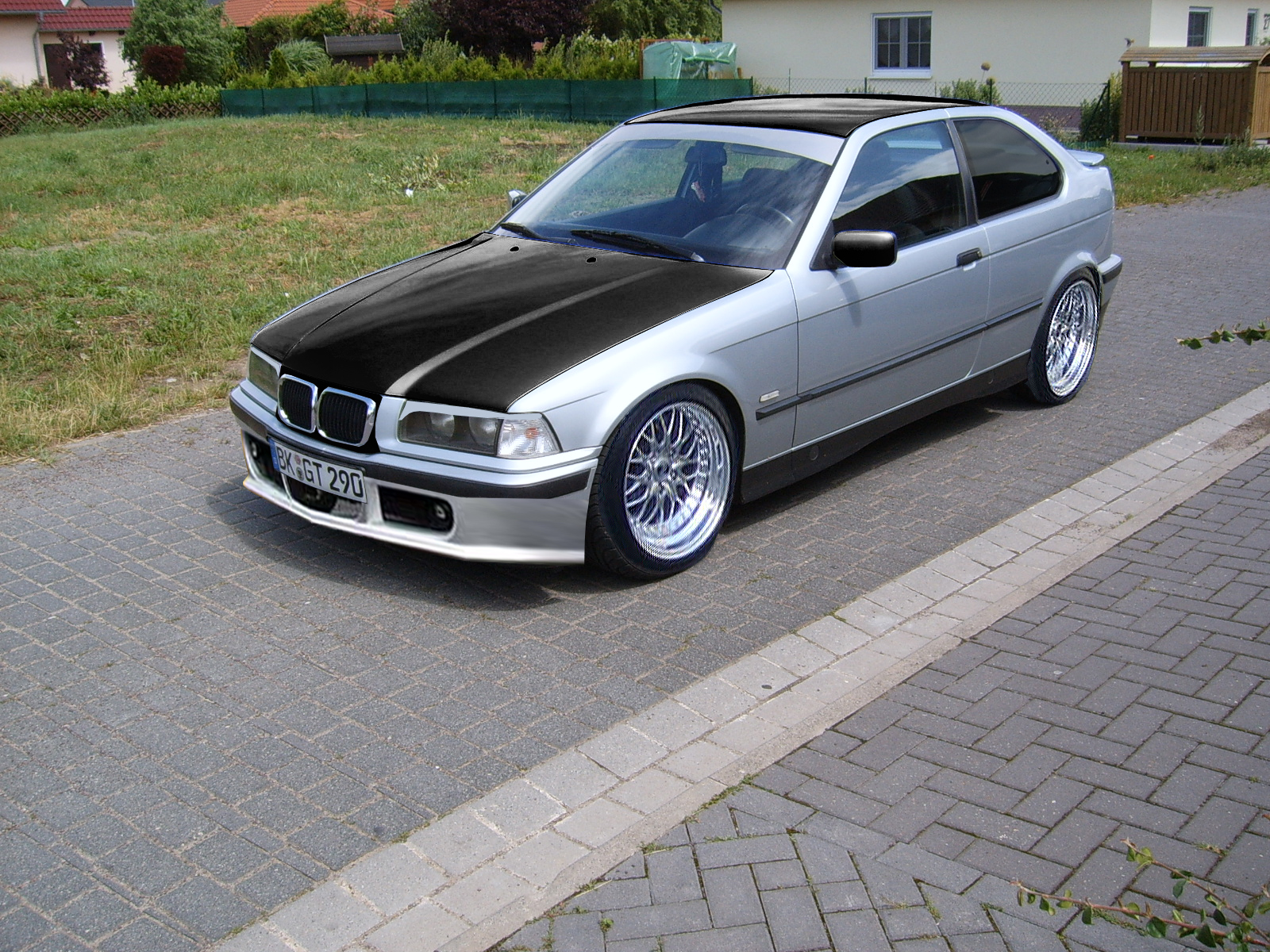 real tuning ihr faked ich baue es nach bmw e36. Black Bedroom Furniture Sets. Home Design Ideas