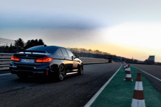 Luxus + Supersportwagen - Schnitzer dreht mit dem M5 die schnellste Runde
