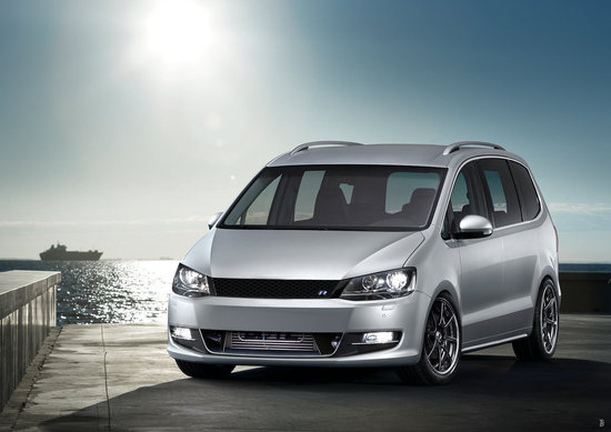 Name: VW_Sharan_2010_R.jpg Größe: 1572x1113 Dateigröße: 211024 Bytes