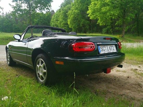 Name: Aston-Miata-MX5-Rear-Lights.jpg Größe: 3648x2736 Dateigröße: 2020036 Bytes