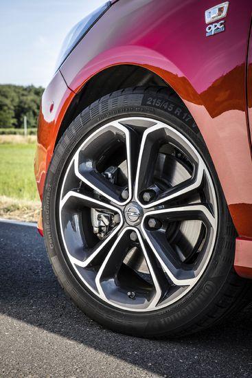 Name: Opel-Corsa-S-308444.JPG Größe: 1920x2880 Dateigröße: 899349 Bytes