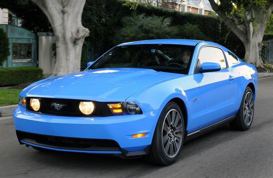 Name: Ford-Mustang_GT_2010-Image-00017-1280.jpg Gre: 1280x838 Dateigre: 131656 Bytes