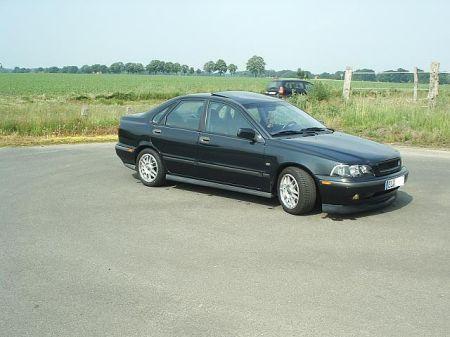 Name: Volvo-S402.jpg Größe: 450x337 Dateigröße: 27525 Bytes
