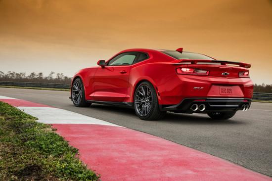 Name: 2017-Chevrolet-Camaro-ZL1a-114430-601x400.jpg Größe: 601x400 Dateigröße: 74164 Bytes
