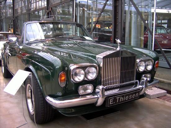 Name: 37-Rolls_Royce_Corniche.JPG Größe: 2848x2136 Dateigröße: 1538556 Bytes