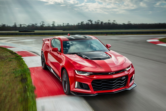 Name: 2017-Chevrolet-Camaro-ZL1a-114427.jpg Größe: 1024x681 Dateigröße: 186705 Bytes