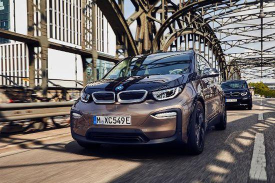 Elektro + Hybrid Antrieb - BMW i3 mit längerem Atem