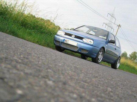Name: VW-Golf_3106.jpg Größe: 450x337 Dateigröße: 56179 Bytes