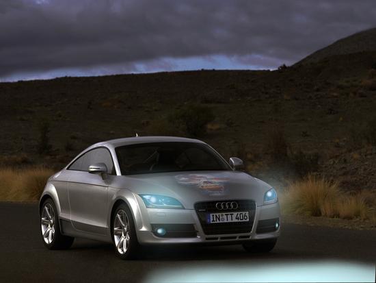 Name: Audi-TT_Coupe_2007_1600x1200_wallpaper_1d.jpg Größe: 1600x1200 Dateigröße: 593685 Bytes