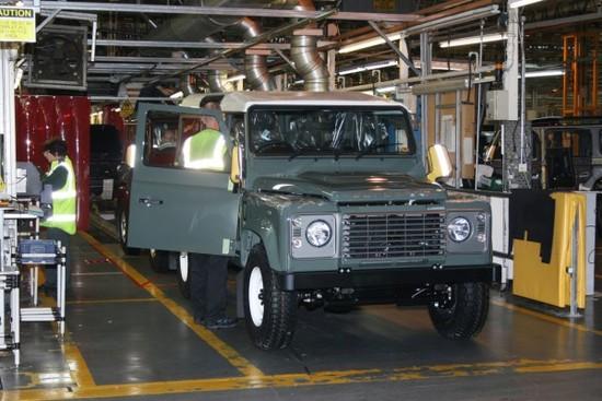 Name: Produktion-des-Land-Rover-Defender-in-Solihull-Daa-110247-600x400.jpg Größe: 600x400 Dateigröße: 80921 Bytes