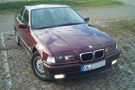Name: BMW-328i_E36_Limo1.jpg Größe: 450x301 Dateigröße: 41380 Bytes