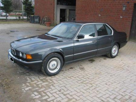 Name: BMW-730i_E323.jpg Größe: 450x337 Dateigröße: 36647 Bytes