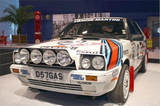 Name: 10_Lancia_Delta_Integrale_HF_-_Siegerwagen_1987.jpg Größe: 774x514 Dateigröße: 61736 Bytes