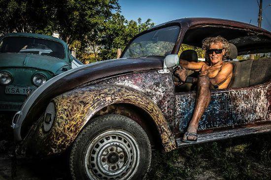 Auto - Fotoausstellung: Käfer-Kunde in Brasilien
