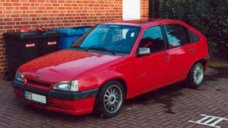 Name: Opel-Kadett_-E-_20i.jpg Größe: 450x252 Dateigröße: 22471 Bytes