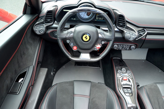 Name: MEC-Design-Ferrari-Scossa-Rossa-8.jpg Größe: 1024x678 Dateigröße: 250452 Bytes