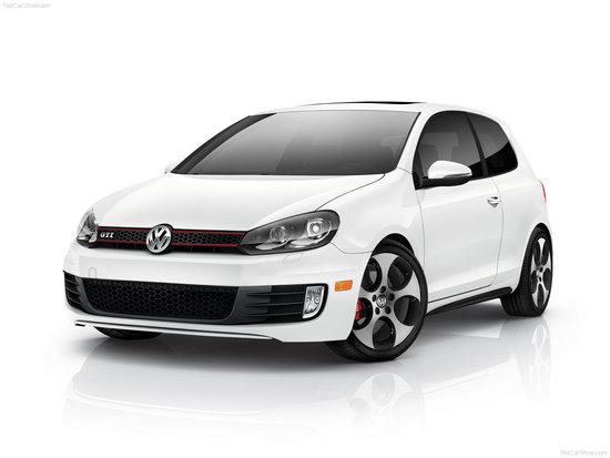 Name: Volkswagen-Golf_GTI_US-Version_2010_.jpg Größe: 1600x1200 Dateigröße: 144764 Bytes