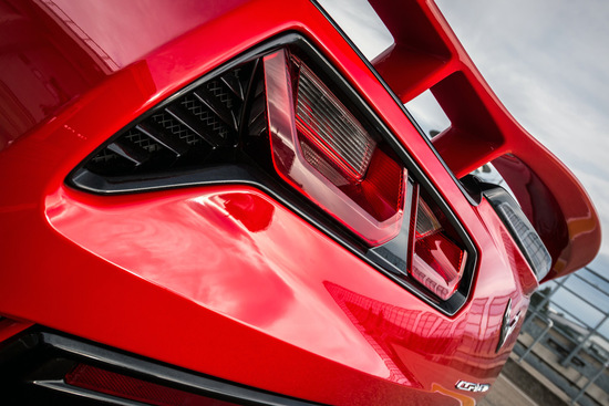Name: GME_Corvette-C7_12.jpg Größe: 1024x683 Dateigröße: 211176 Bytes