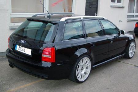 Name: Audi-RS4.jpg Größe: 450x300 Dateigröße: 24463 Bytes