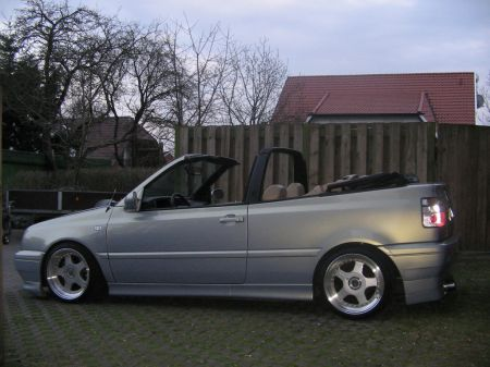 Name: VW-Golf_3_Cabrio17.jpg Größe: 450x337 Dateigröße: 37756 Bytes