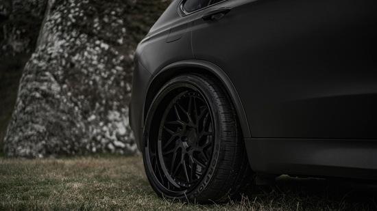 Name: BMW-X5M-ZPFORGED12-GBMB-17.jpg Größe: 1024x576 Dateigröße: 120921 Bytes
