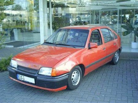 Name: Opel-Kadett14.jpg Größe: 450x337 Dateigröße: 37456 Bytes