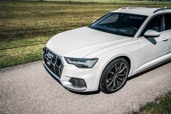 Name: Audi_A6_allroad_GR_20_mattblack_Vorderwagen_von_oben.jpg Größe: 1920x1281 Dateigröße: 559552 Bytes