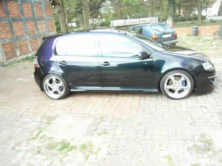 Name: VW-Golf_5_20_TDI12.jpg Größe: 450x337 Dateigröße: 52053 Bytes