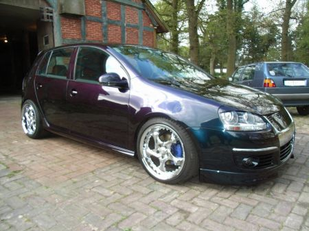 Name: VW-Golf_5_20_TDI11.jpg Größe: 450x337 Dateigröße: 56677 Bytes