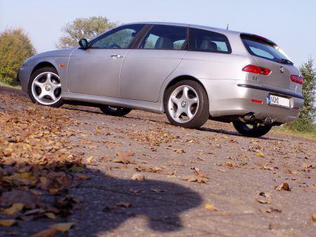 Name: Alfa_Romeo-156_Sportwagon.jpg Größe: 450x337 Dateigröße: 53009 Bytes