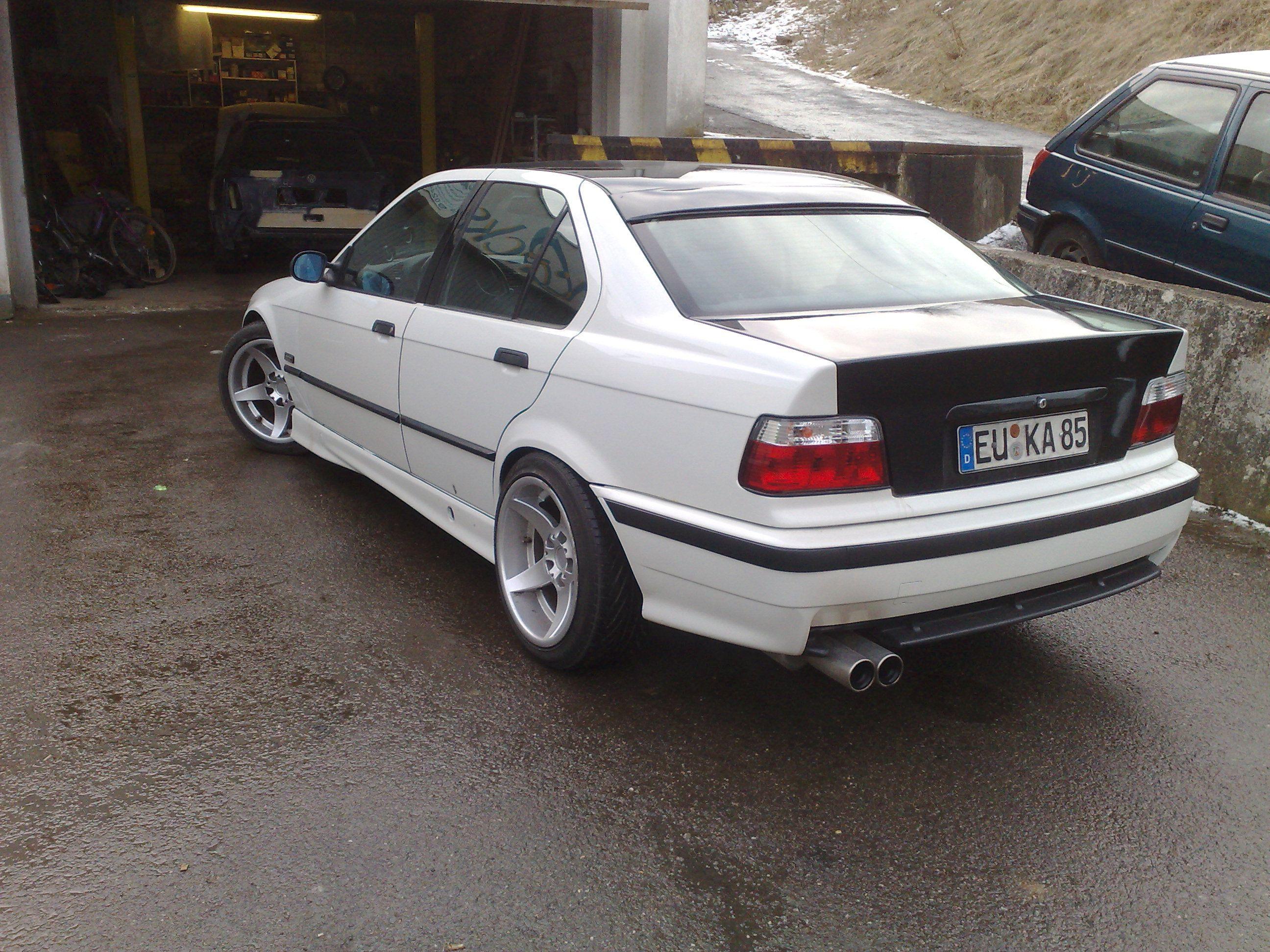 Auto BMW 3er e36 limosine pagenstecher Deine Automeile im Netz