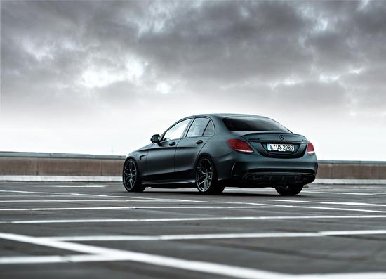 Name: Mercedes-C43-Sedan-ZP21-GLM-02.jpg Größe: 1200x866 Dateigröße: 151532 Bytes