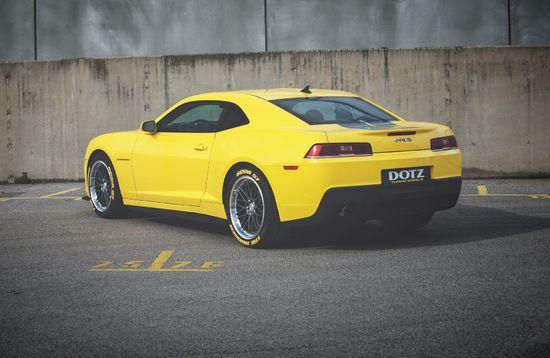 Name: DOTZ_Revvo_dark_Chevrolet_Camaro_press_7.jpg Größe: 1920x1248 Dateigröße: 405060 Bytes