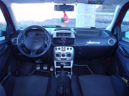 Name: Fiat-Punto_Michael_Schumacher_Limited_Edition2.jpg Größe: 450x337 Dateigröße: 26318 Bytes