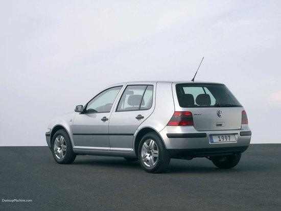 Name: VW-golf4_ORI1.jpg Größe: 1600x1200 Dateigröße: 172131 Bytes