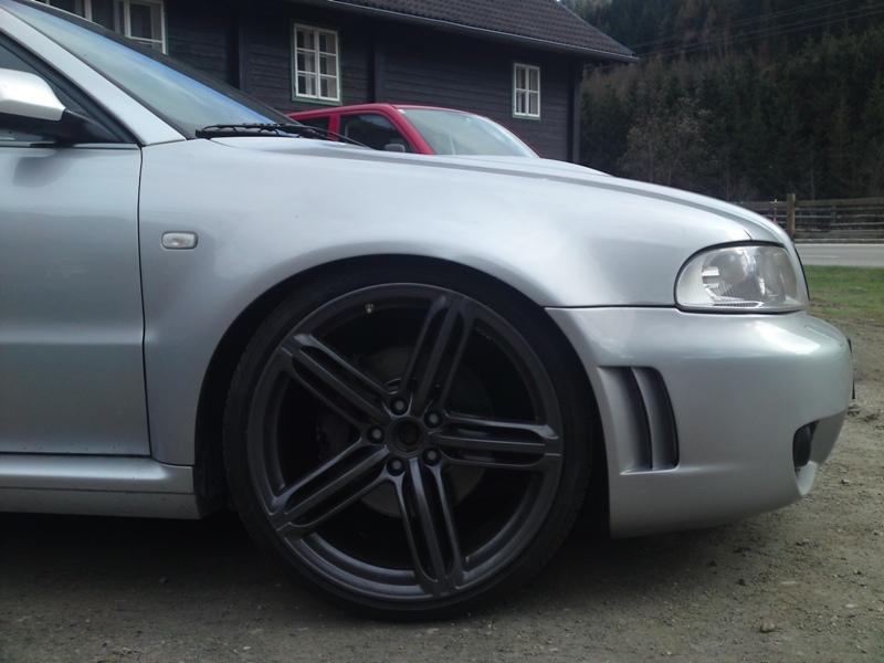 Audi Rs4 B5. Audi RS4 B5 Limousine - Seite