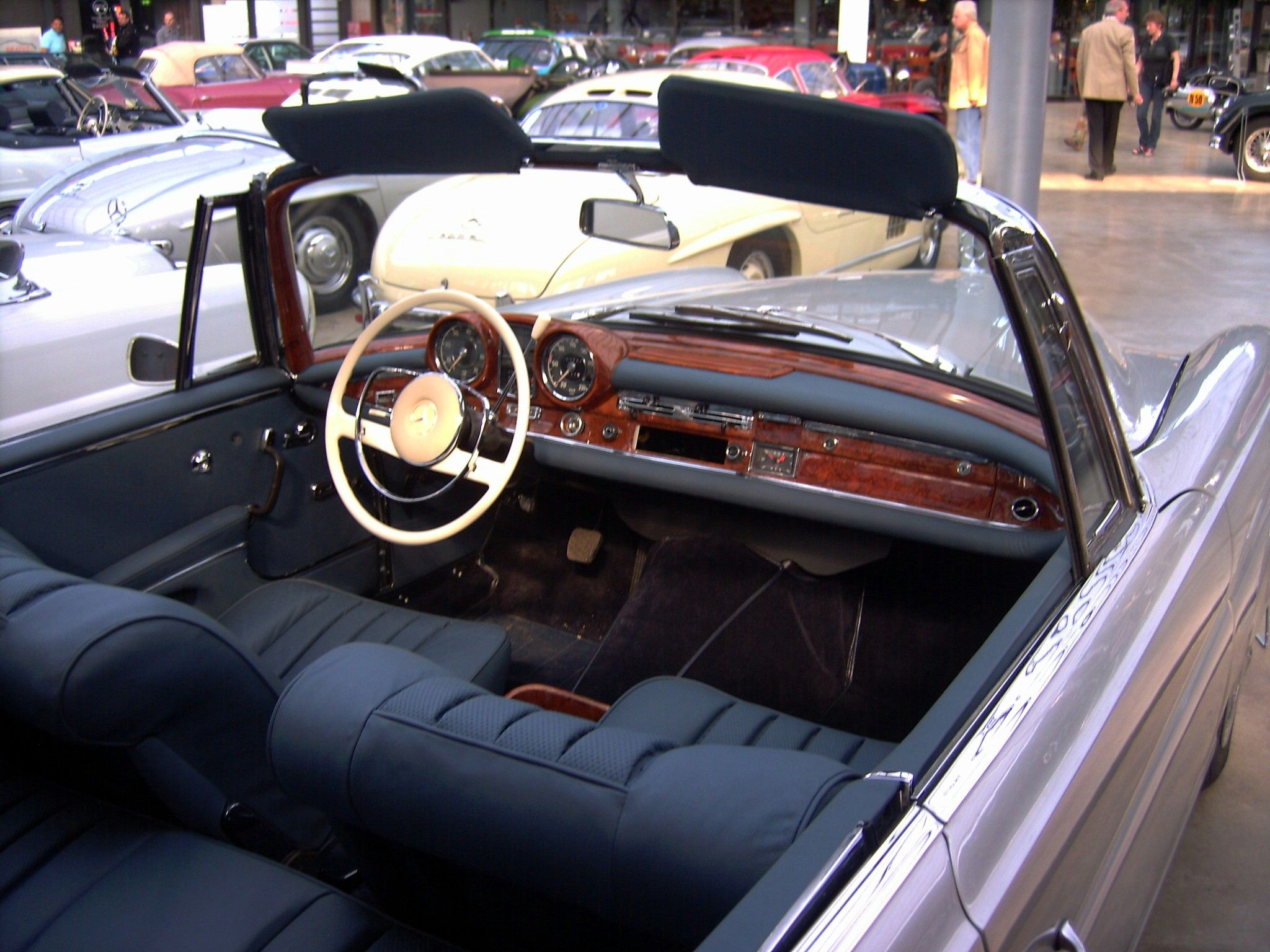 Mercedes 220 S Cabriolet